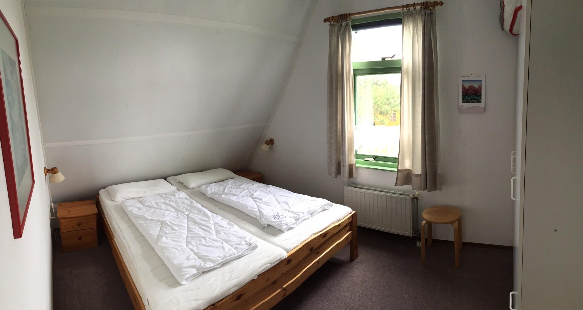 2. Schlafzimmer OG